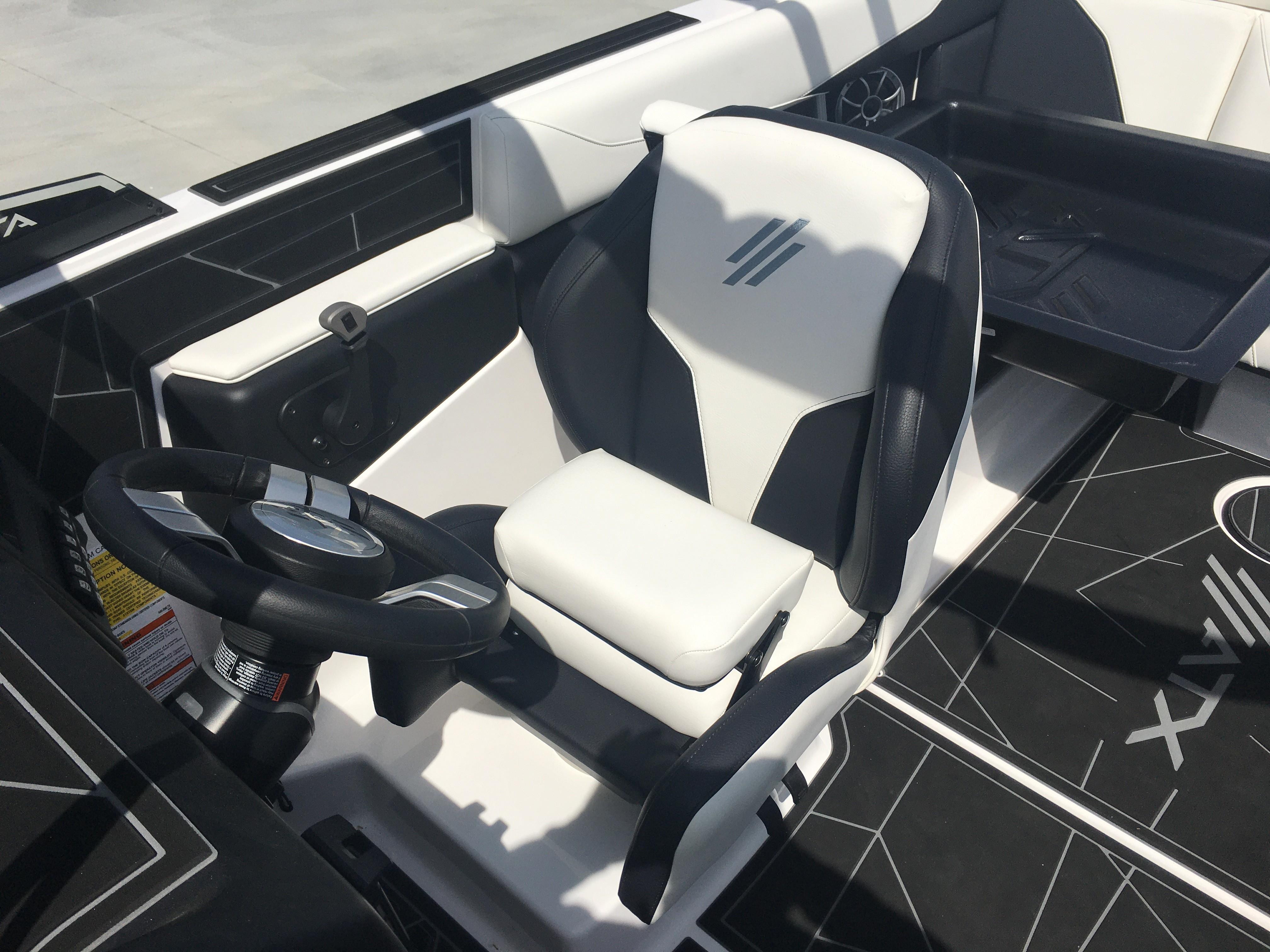 2020 ATX Surf Boats                                                              22-S Image Thumbnail #8