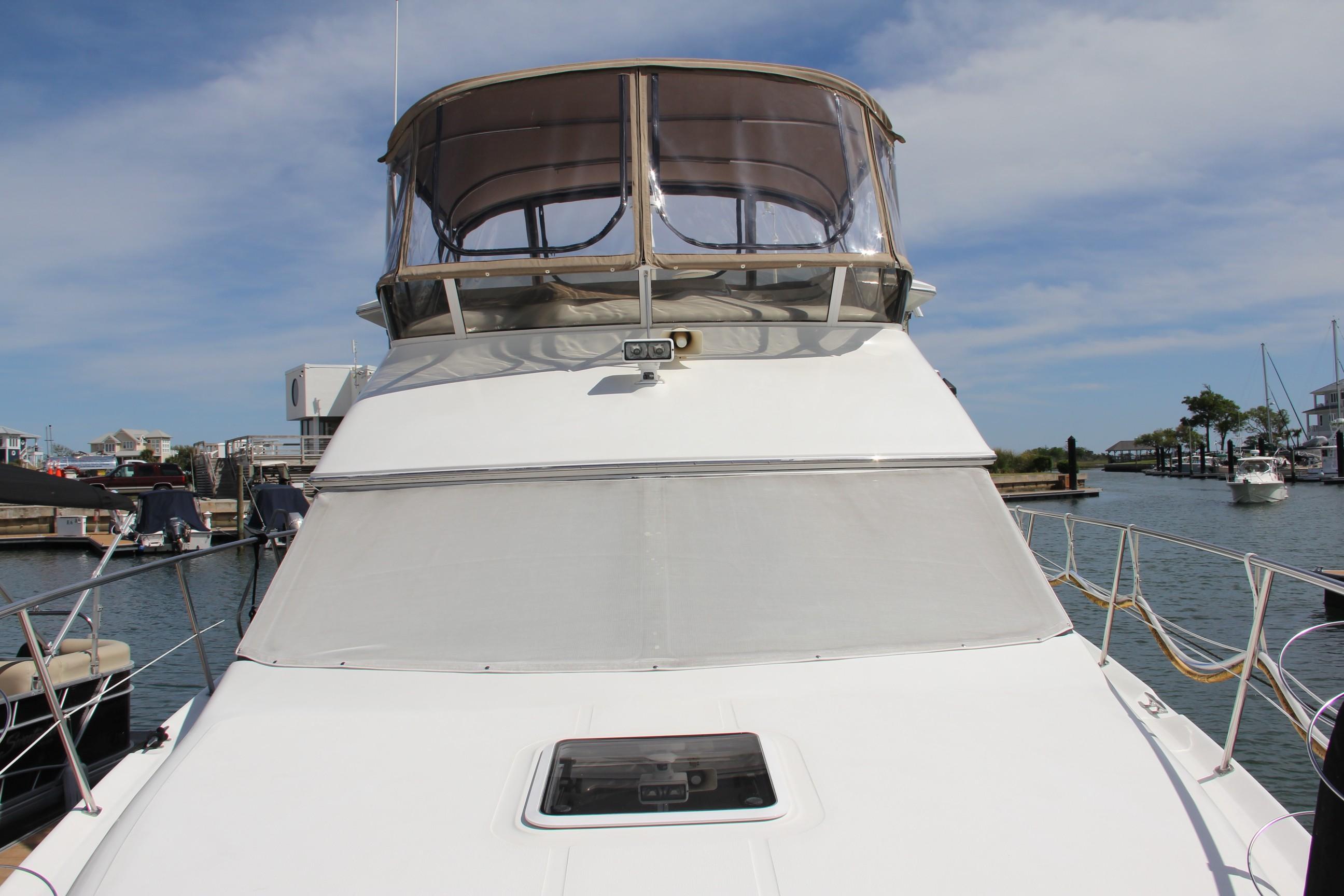 2000 Sea Ray                                                              38 AFT CABIN Image Thumbnail #3