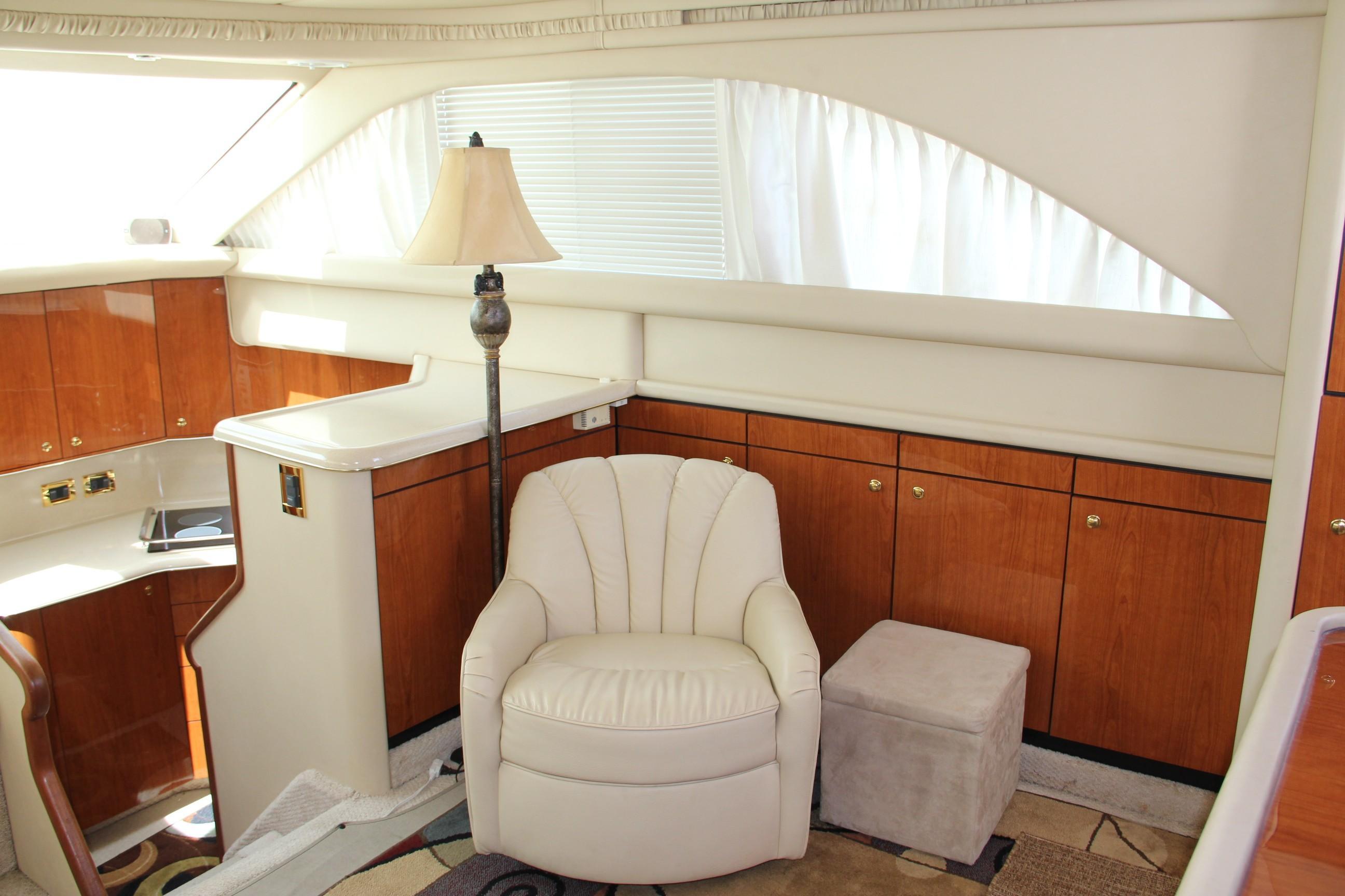 2000 Sea Ray                                                              38 AFT CABIN Image Thumbnail #12