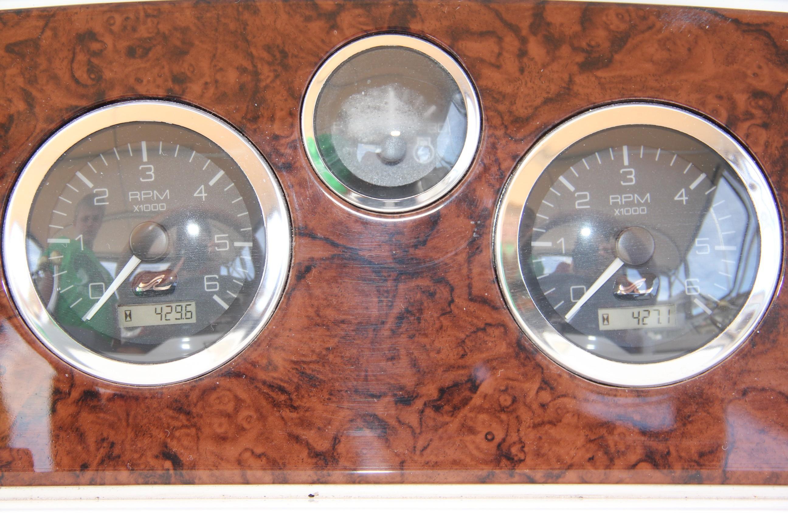 2000 Sea Ray                                                              38 AFT CABIN Image Thumbnail #28
