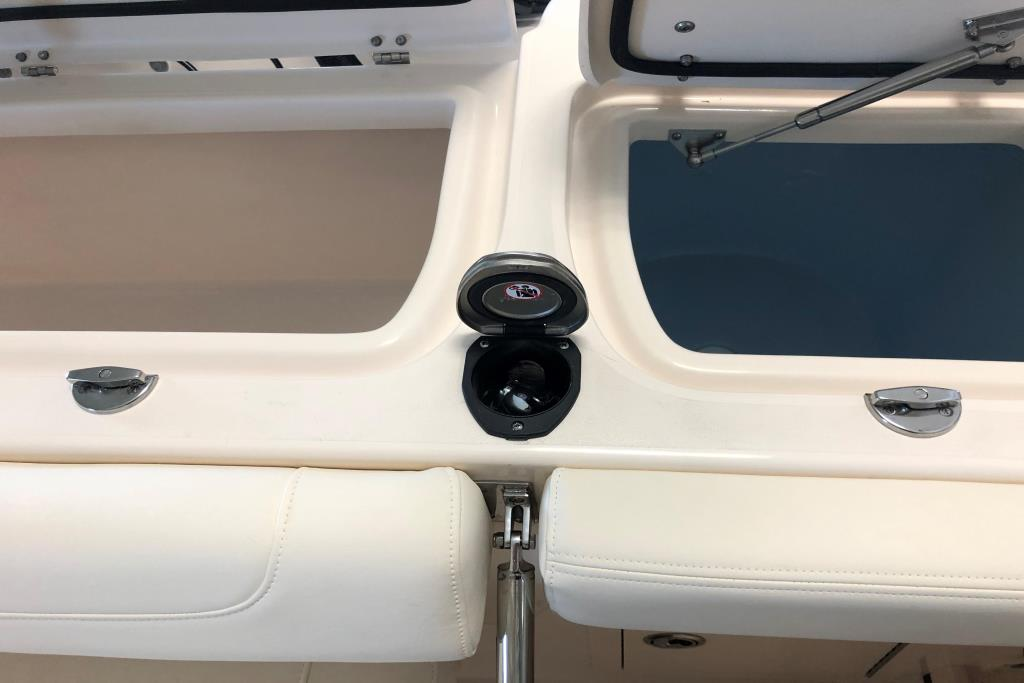 2021 Grady-White                                                              Fisherman 257 Twin Engine Image Thumbnail #7