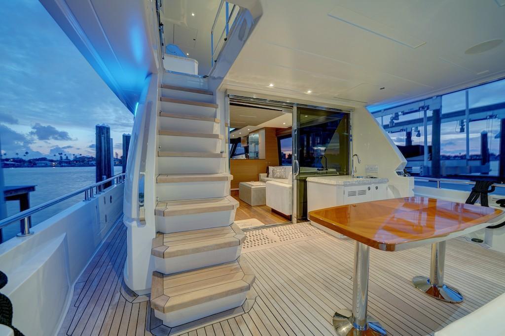 2017 Ocean Alexander                                                              70E Motoryacht Image Thumbnail #12
