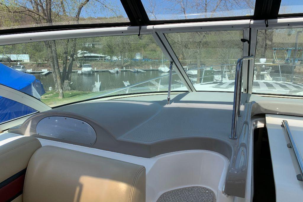 2004 Cruisers Yachts                                                              440 Express Image Thumbnail #43