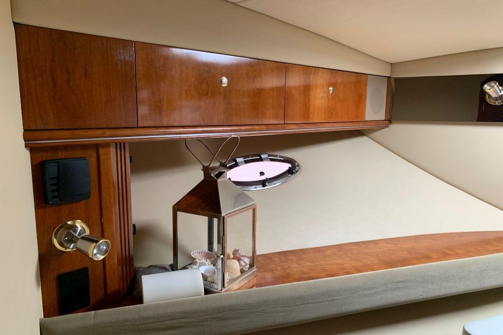 2004 Cruisers Yachts                                                              440 Express Image Thumbnail #73