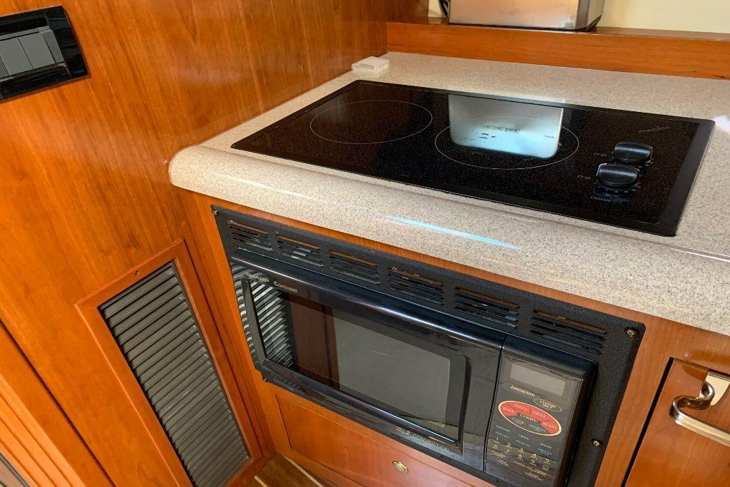 2004 Cruisers Yachts                                                              440 Express Image Thumbnail #80