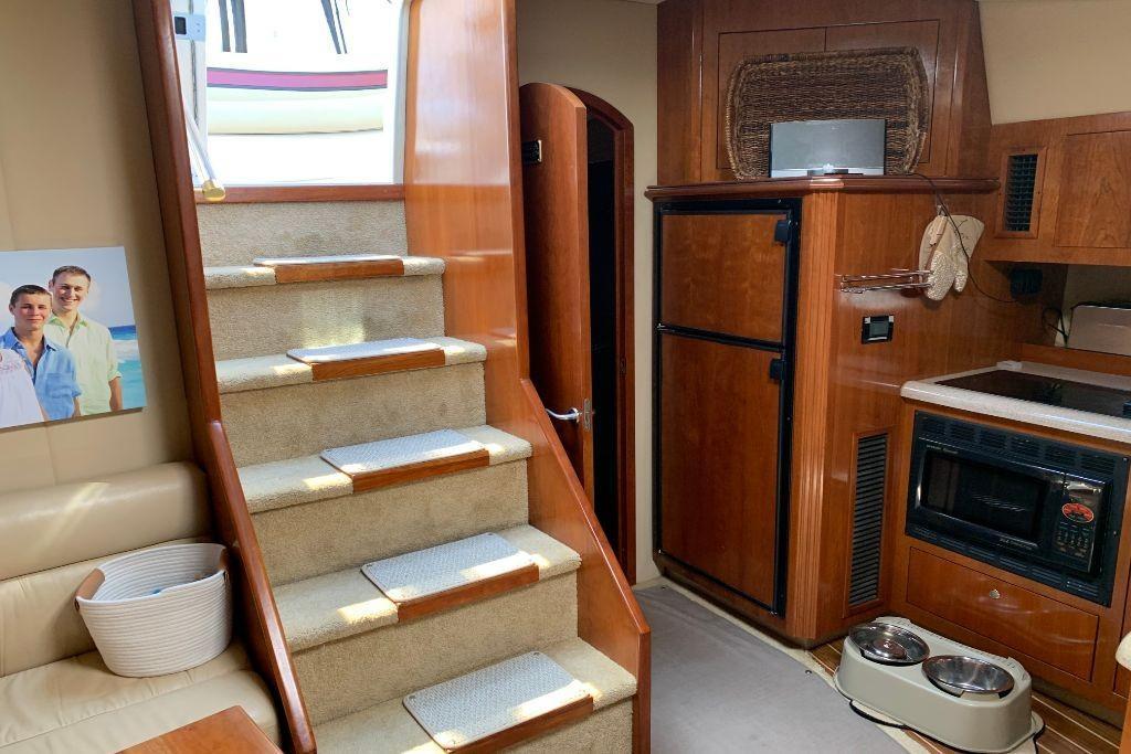 2004 Cruisers Yachts                                                              440 Express Image Thumbnail #83