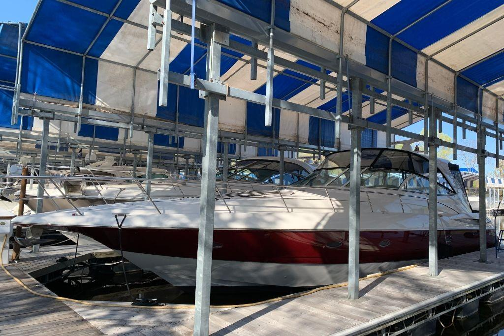 2004 Cruisers Yachts                                                              440 Express Image Thumbnail #2