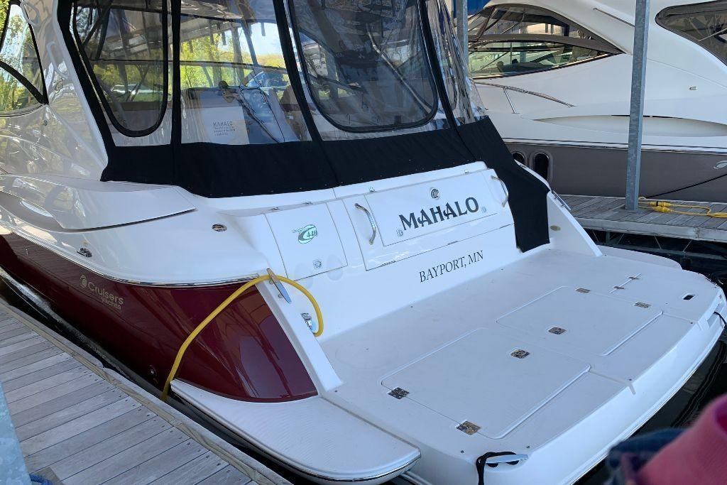 2004 Cruisers Yachts                                                              440 Express Image Thumbnail #7