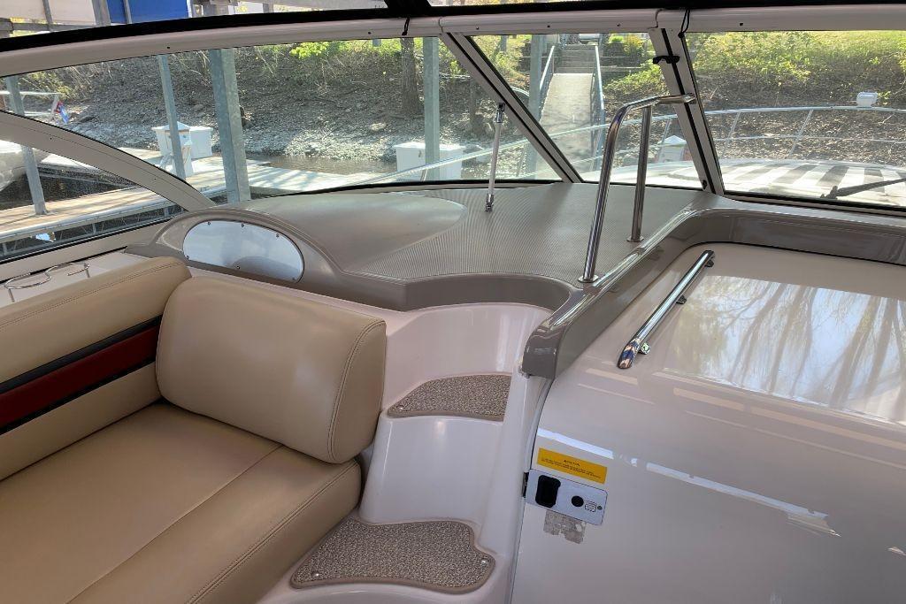 2004 Cruisers Yachts                                                              440 Express Image Thumbnail #41