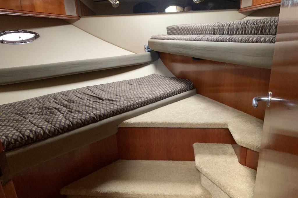 2004 Cruisers Yachts                                                              440 Express Image Thumbnail #54