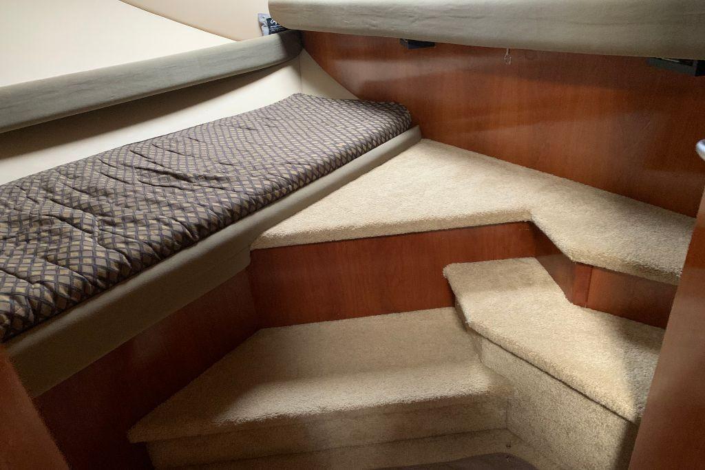 2004 Cruisers Yachts                                                              440 Express Image Thumbnail #53
