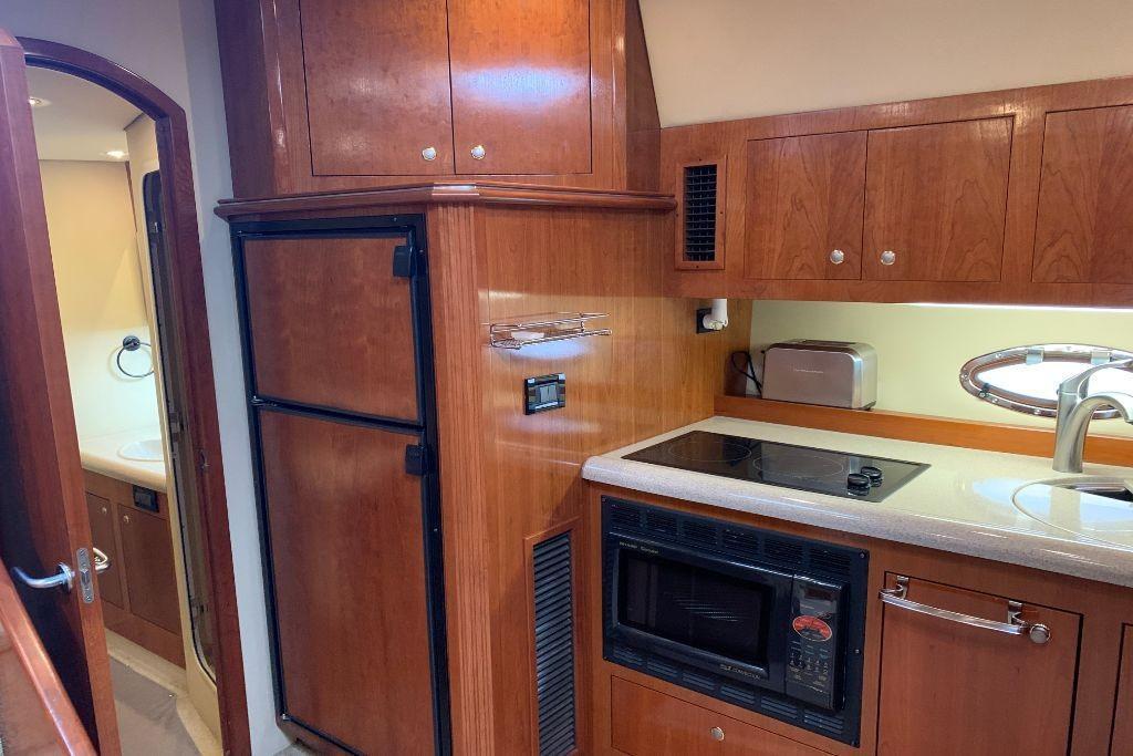 2004 Cruisers Yachts                                                              440 Express Image Thumbnail #91