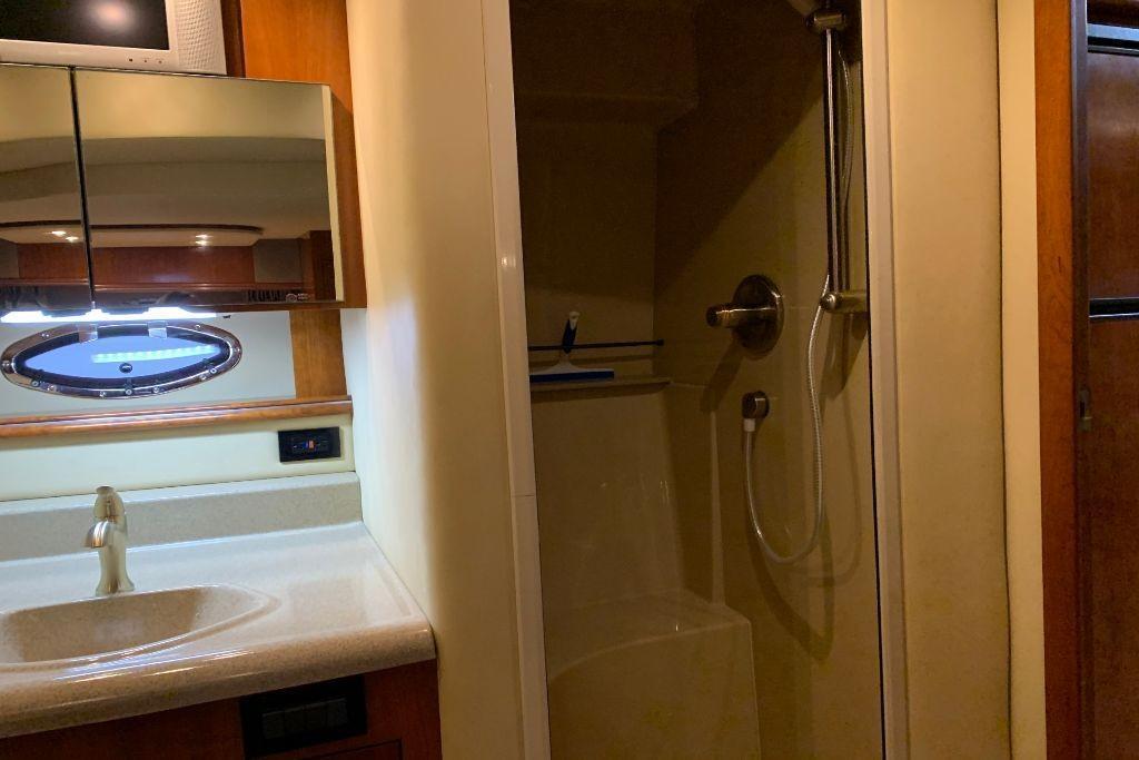 2004 Cruisers Yachts                                                              440 Express Image Thumbnail #99