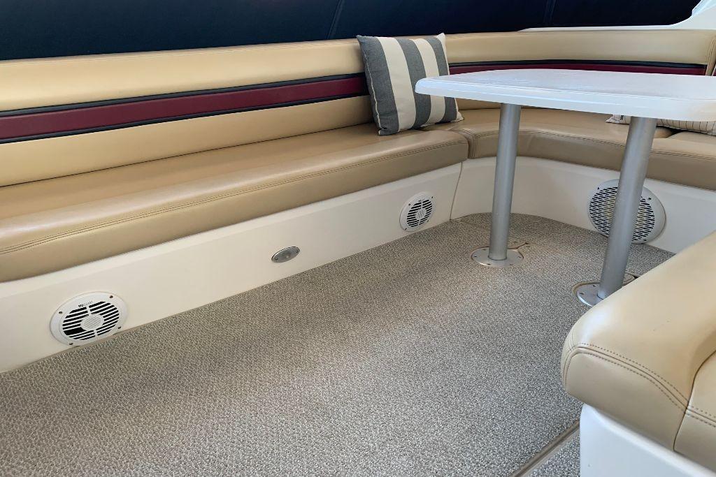 2004 Cruisers Yachts                                                              440 Express Image Thumbnail #13