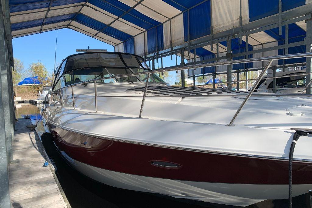 2004 Cruisers Yachts                                                              440 Express Image Thumbnail #1