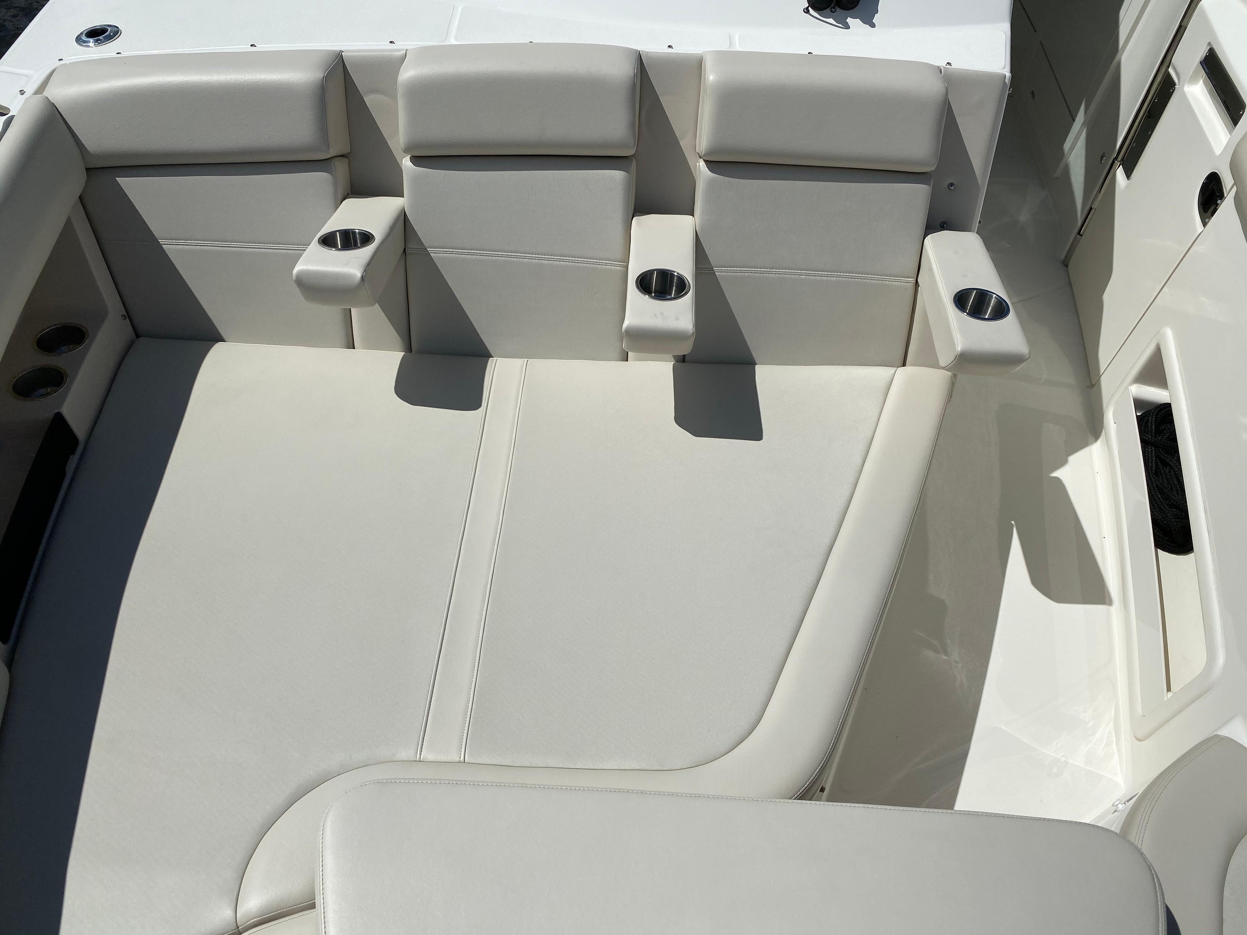 2020 Boston Whaler                                                              380 Realm Image Thumbnail #21