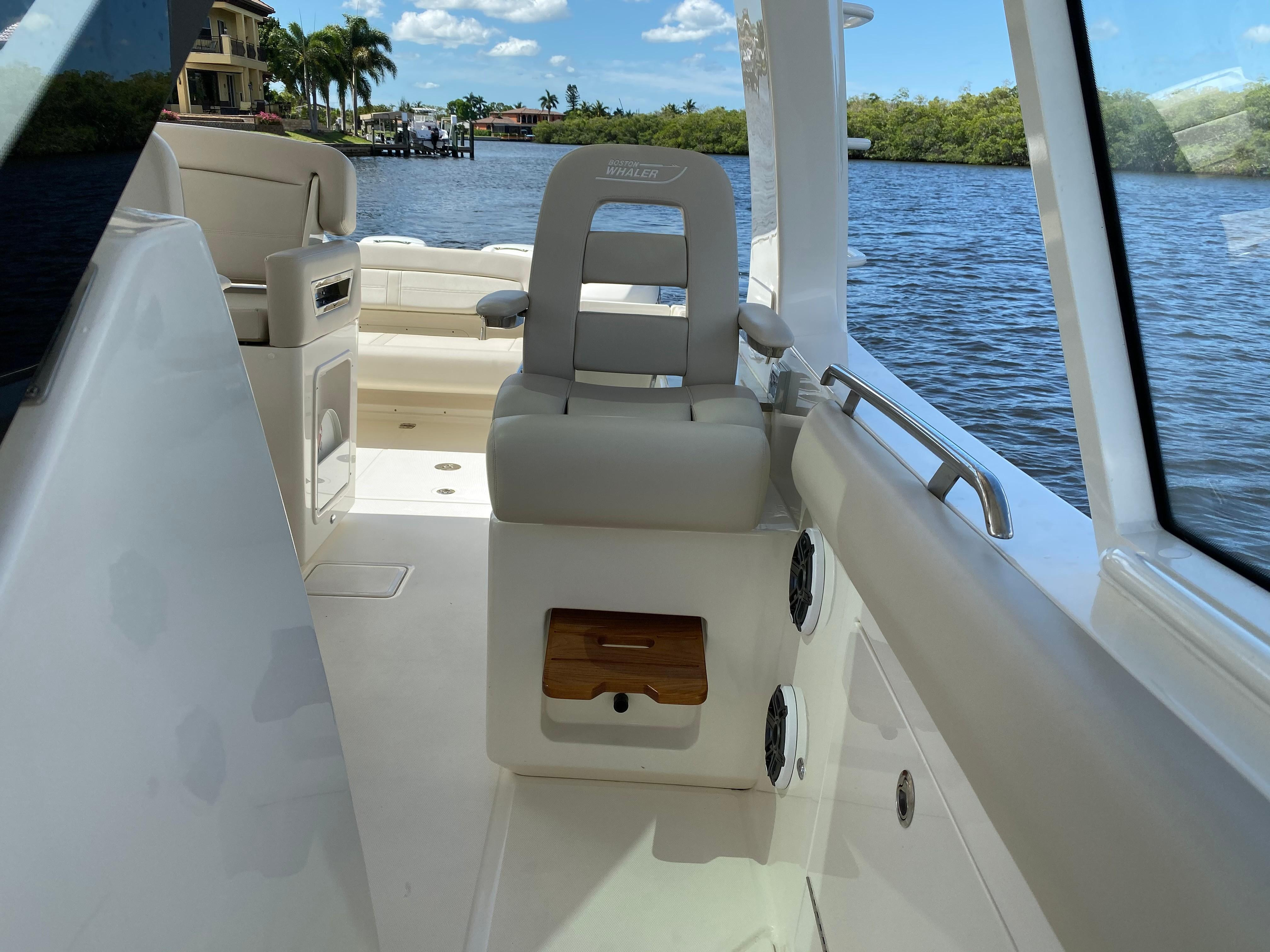2020 Boston Whaler                                                              380 Realm Image Thumbnail #40