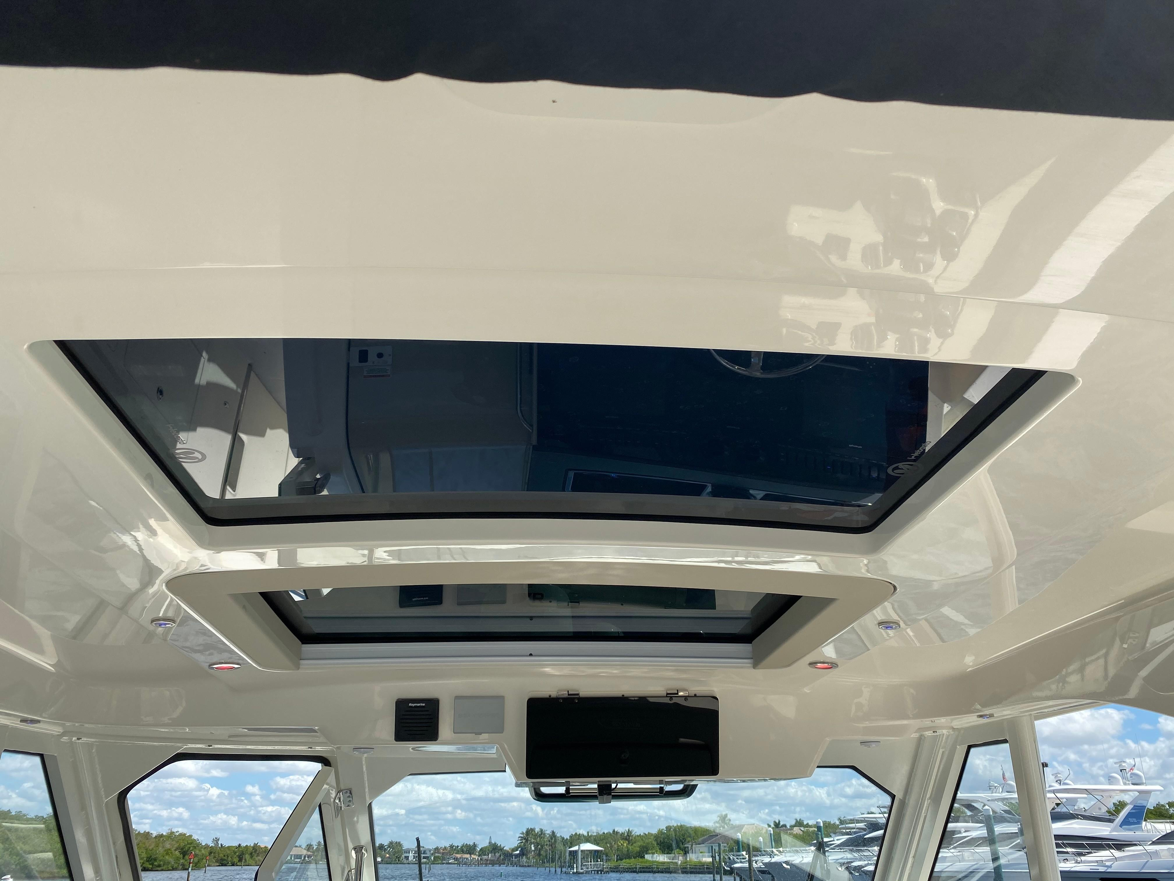 2020 Boston Whaler                                                              380 Realm Image Thumbnail #33