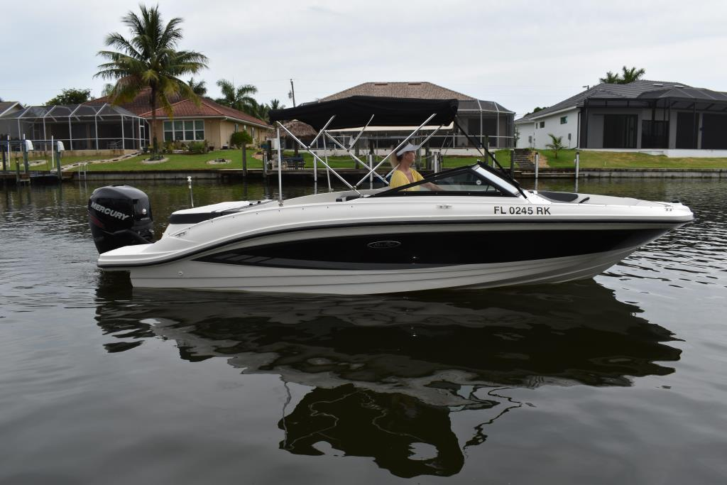 2017 Sea Ray                                                              21 SPX Outboard Image Thumbnail #4