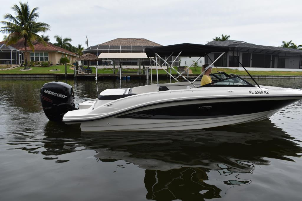 2017 Sea Ray                                                              21 SPX Outboard Image Thumbnail #5