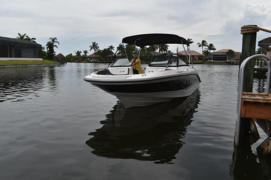 2017 Sea Ray                                                              21 SPX Outboard Image Thumbnail #8