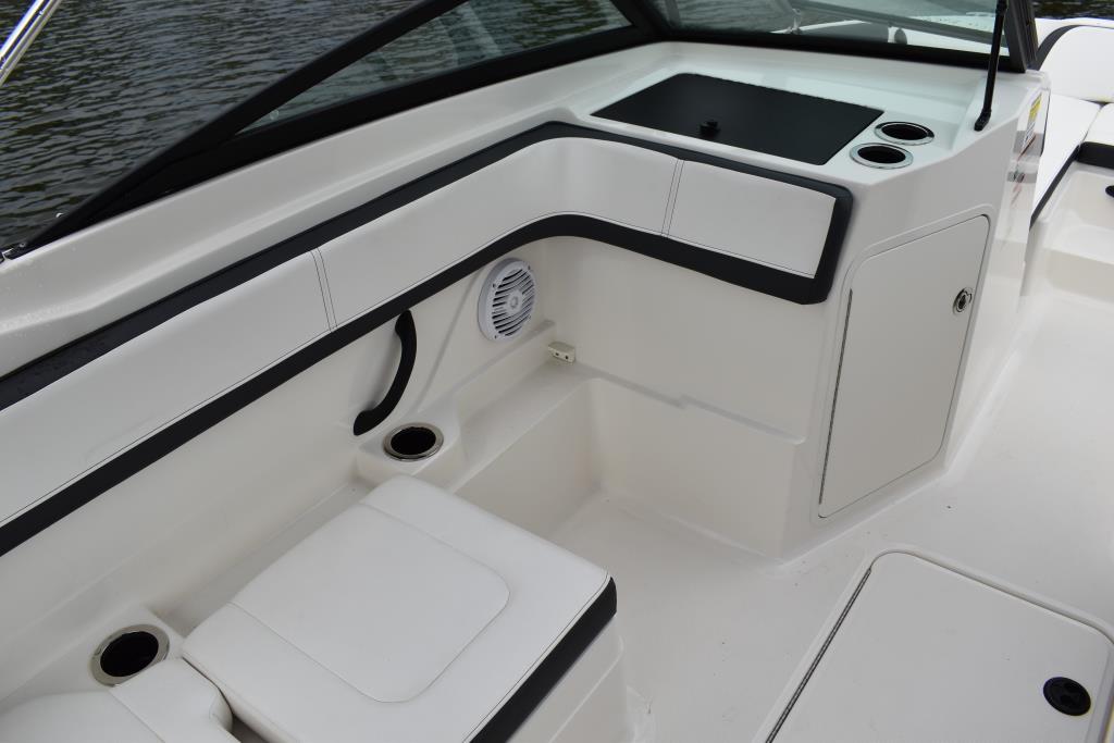 2017 Sea Ray                                                              21 SPX Outboard Image Thumbnail #18