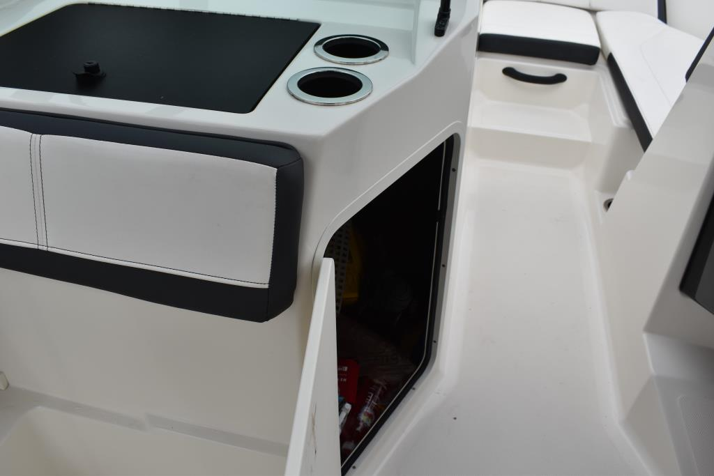 2017 Sea Ray                                                              21 SPX Outboard Image Thumbnail #19