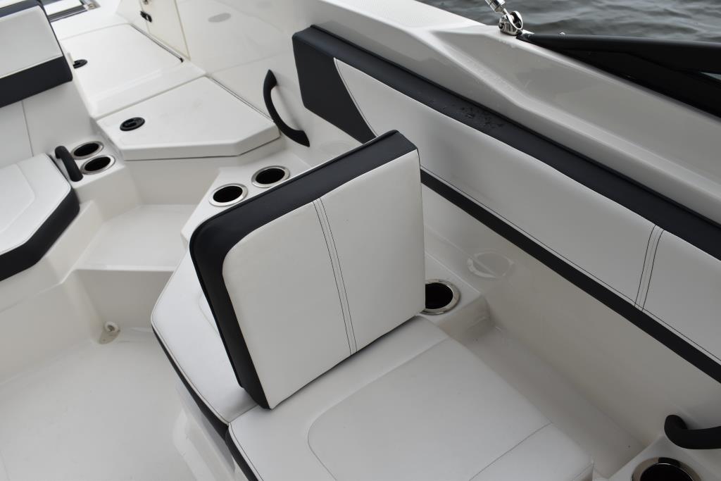 2017 Sea Ray                                                              21 SPX Outboard Image Thumbnail #32